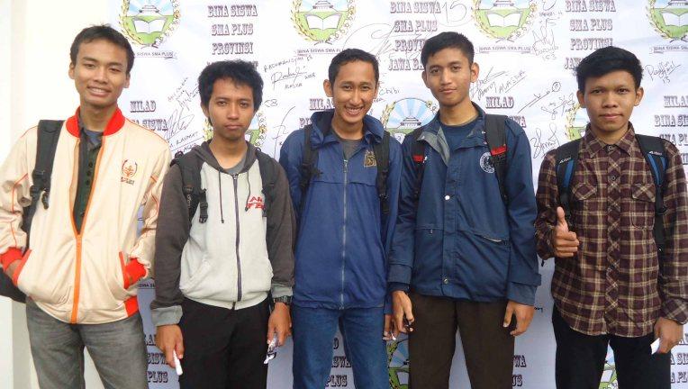Milad-2013-15